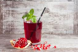 Benefits of Pomegranates & Pomegranate Juice